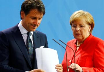 Merkel to support Italy in tackling migration challenge