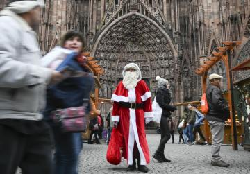 Strasbourg reopens its Christmas market following terrorist attack