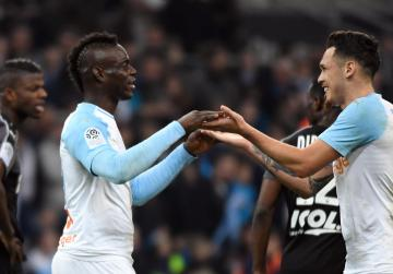 Balotelli, Marseille step up revival with Amiens win