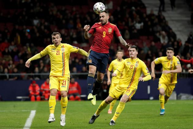 Spain put on five-star finish by thrashing ragged Romania