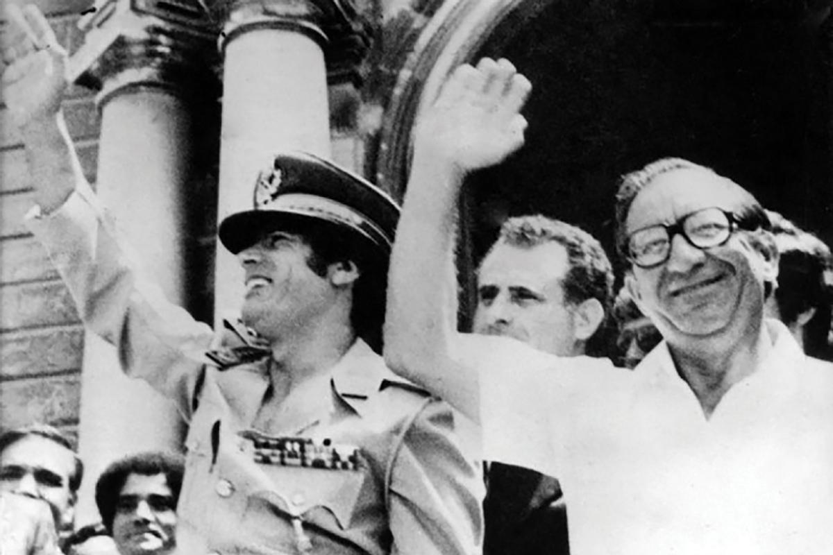 Muammar Gaddafi and Dom Mintoff outside Auberge de Castille