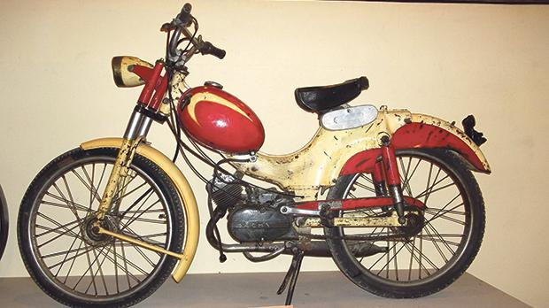 A Goebel-Sachs motorcycle at the Da Nang Museum.