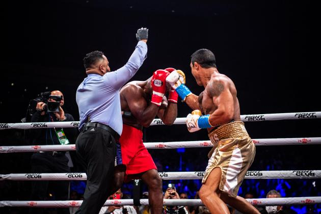 Belfort humbles Holyfield with 1st rd TKO