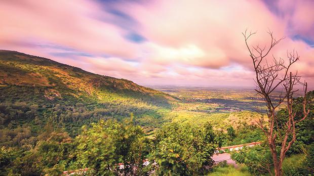 A beautiful view from Nandi Hills at sunrise.