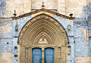 Entrance to Santa Maria Church.
