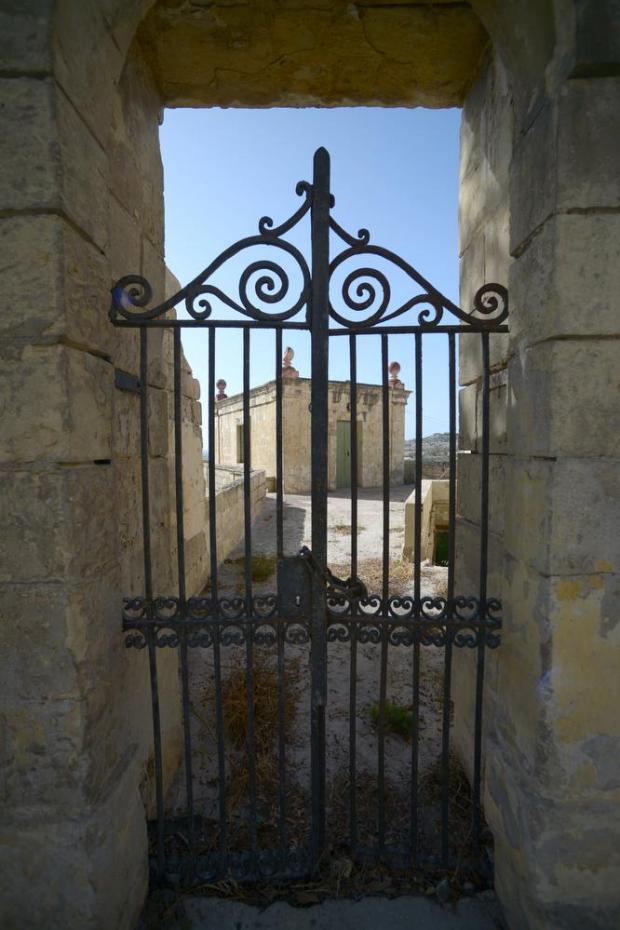 A building adjacent to Saqqajja race stand (il-Loġġa tal-Palju) lies behind a locked gate on June 28. Photo: Matthew Mirabelli
