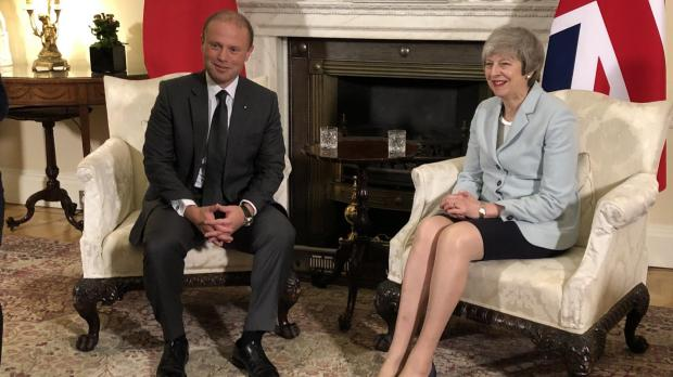 Muscat discusses Brexit with Theresa May in London