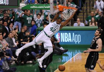 Watch: NBA roundup: Pelicans head home up 2-0