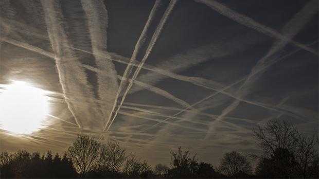 There is no end in sight for the rapid growth in carbon dioxide emissions from air travel and air freight. Photo shows aircraft contrails. Photo: Krzysztof Syrek/Shutterstock