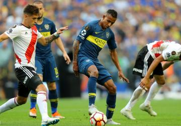 Boca draw 2-2 with River in first leg of Libertadores final