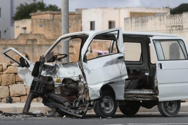Man dies, woman in danger after head-on collision in Rabat