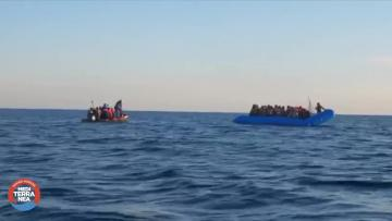 Rescue ship blocked off Italy in fresh migrant row | Video: Mediterraneo Rescue