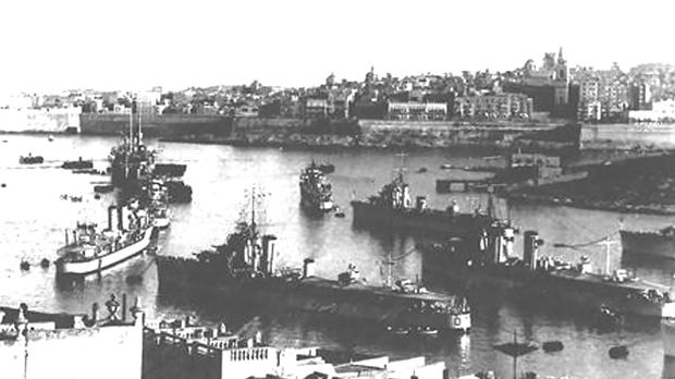 At far right: In the 1930s the former torpedo depot at Manoel Island was converted into the Fleet Diving Centre.