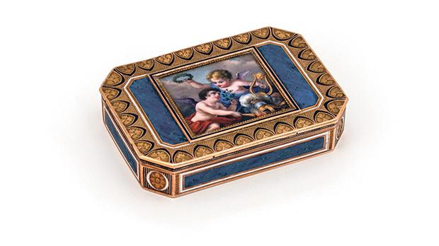 Box mounted with a miniature of two putti bearing iconographic symbols of victory and peace after war made of gold, enamel and mounted with a porcelain plaque from the Casa Bernard Collection.