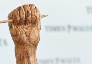 Press freedom sculpture presented to Times of Malta