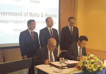 No change in current relationship with Huawei, government says