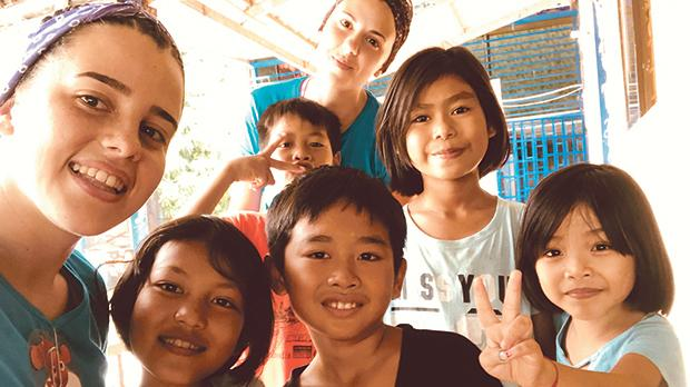 Julia and Nicole with the children in Cambodia.