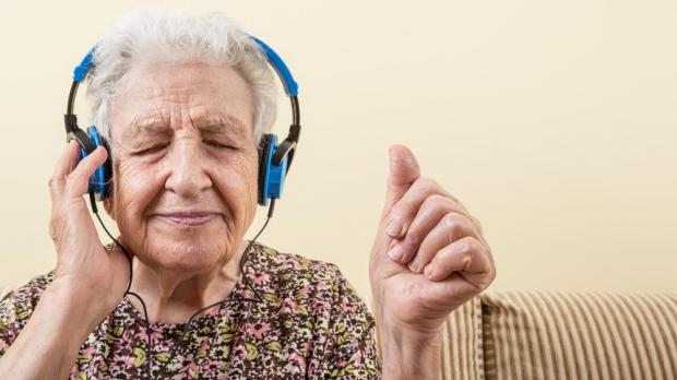 Personalised Music Playlists Could Give Dementia Patients
