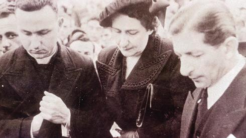 Fr Fortunato Mizzi, his mother Bice and Ġorġ Borg Olivier at Nerik Mizzi's funeral in December 1950. 'Malta would have achieved independence in the 1950s had Mizzi not passed away.'