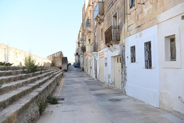 Two hospitalised as roof partially collapses in Senglea