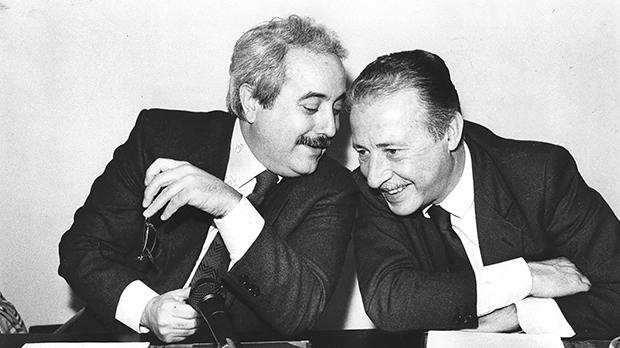 """Giovanni Falcone and Paolo Borsellino: The two friends and magistrates, blown up in 1992 for fighting the mafia, """"did not walk away from their own end""""."""