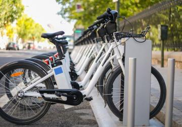 Three councils get €90,000 to promote ditching  of cars