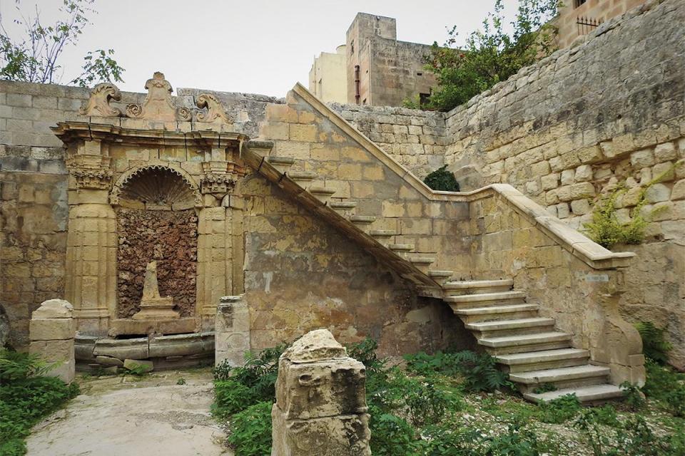 A stairway leading to nowhere in the villa's garden. Photos: Heritage Malta