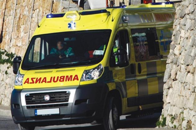 Woman injured in Baħar iċ-Ċagħaq accident