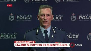 49 dead in mosque shootings in New Zealand; right-wing extremist filmed attack | Four people are in custody.