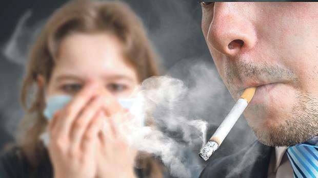 Smokers should not smoke in closed places or next to other people, as there is no safe level of exposure to passive smoke. Children are particularly affected.