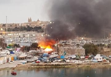 Wooden gazebo at Manoel Island catches fire