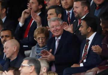 Watch: Ferguson returns to Old Trafford for first time since operation