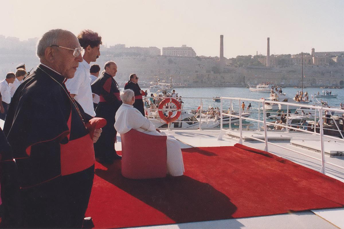 John Paul II entering Grand Harbour.