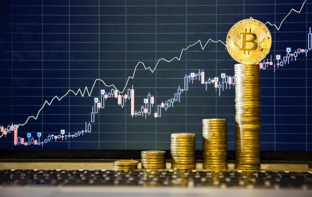 Bitcoin ist in den Preis in den letzten Monaten gestiegen, obwohl Märkte extrem volatil bleiben. Foto: Shutterstock