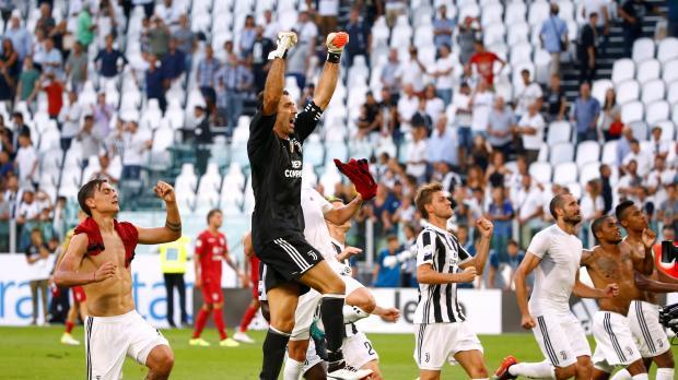 Juventus survive VAR incident to beat Cagliari
