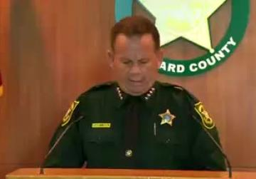 Armed deputy who failed to confront gunman at Florida school resigns