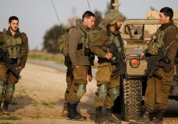 Four Israeli soldiers wounded in Gaza border explosion