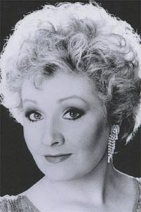 Soprano Pamela Kucenic