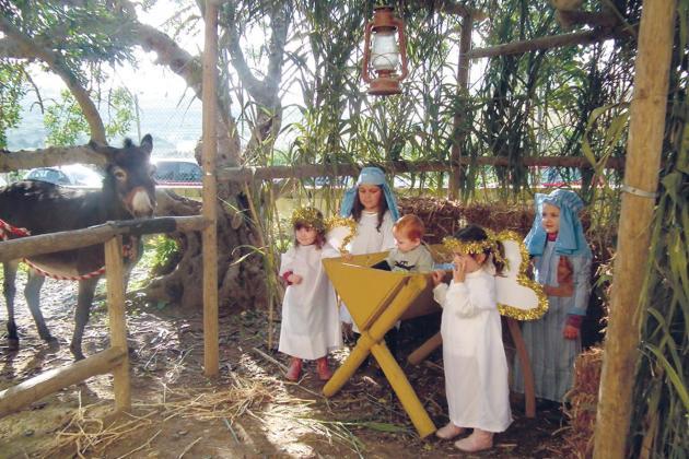 Christmas market at San Anton School