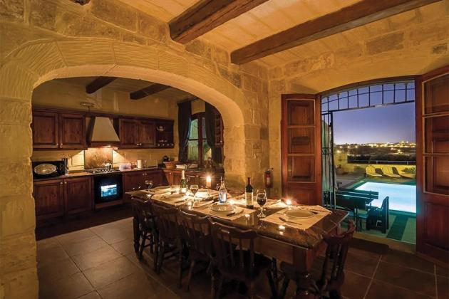Villas and farmhouses at the top of wish lists this holiday season