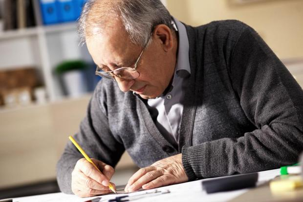 Public sector workers who continued to work past 61 deserved the same benefits, the Ombudsman said. Photo: Shutterstock