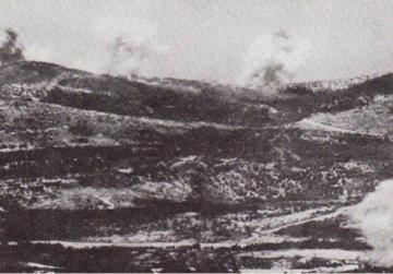 The Gorz area of the eastern bank of the Isonzo under Italian artillery attack. Photo: Purnell's History of the First World War