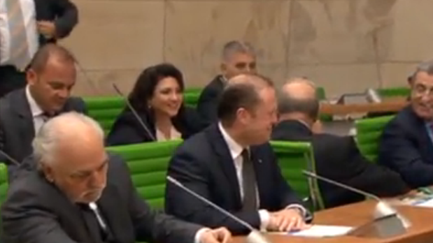 Prime Minister Joseph Muscat and Deputy Prime Minister Louis Grech familiarise themselves with the new surroundings.