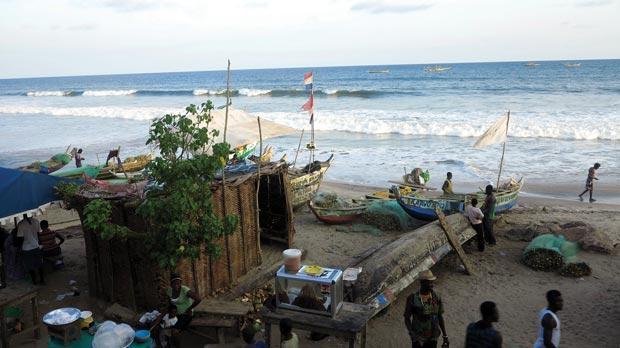 Boats and buildings on Kokrobite beach.