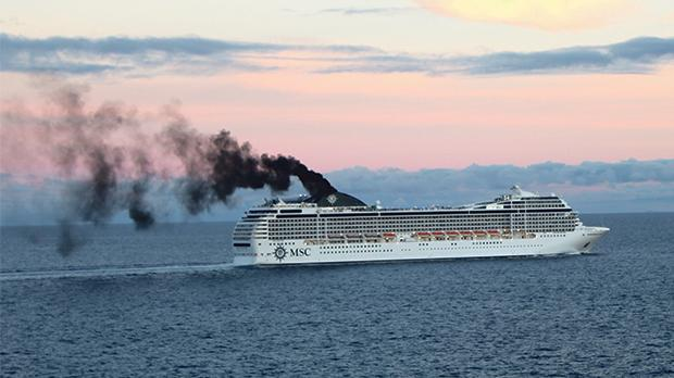 Air pollution from a cruise ship. Photo: NABU-Hapke-Prell