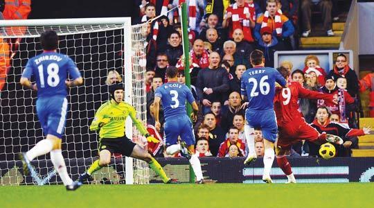 Torres destroys Chelsea as Newcastle shock Arsenal