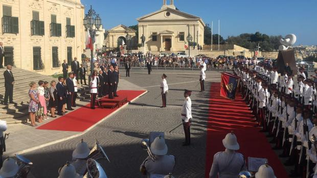 The Czech prime minister receives an official welcome at Castille Place.