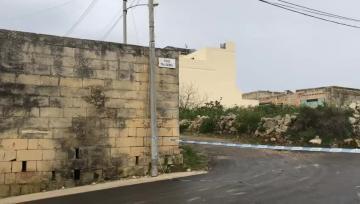 Man killed in Birżebbuġa drive-by shooting, two others injured    Video: Mark Zammit Cordina