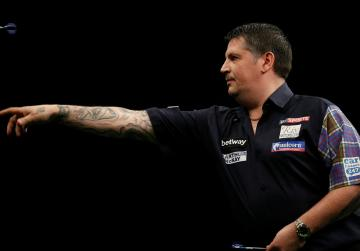 Darts players smell trouble as tournament ends with row over farting