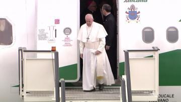 Pope arrives in Bulgaria